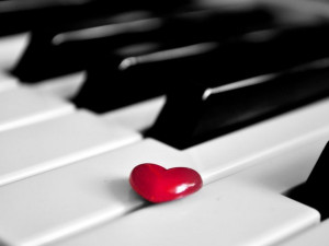 Red-Heart-on-Piano-Beautiful-Love-Wallpaper
